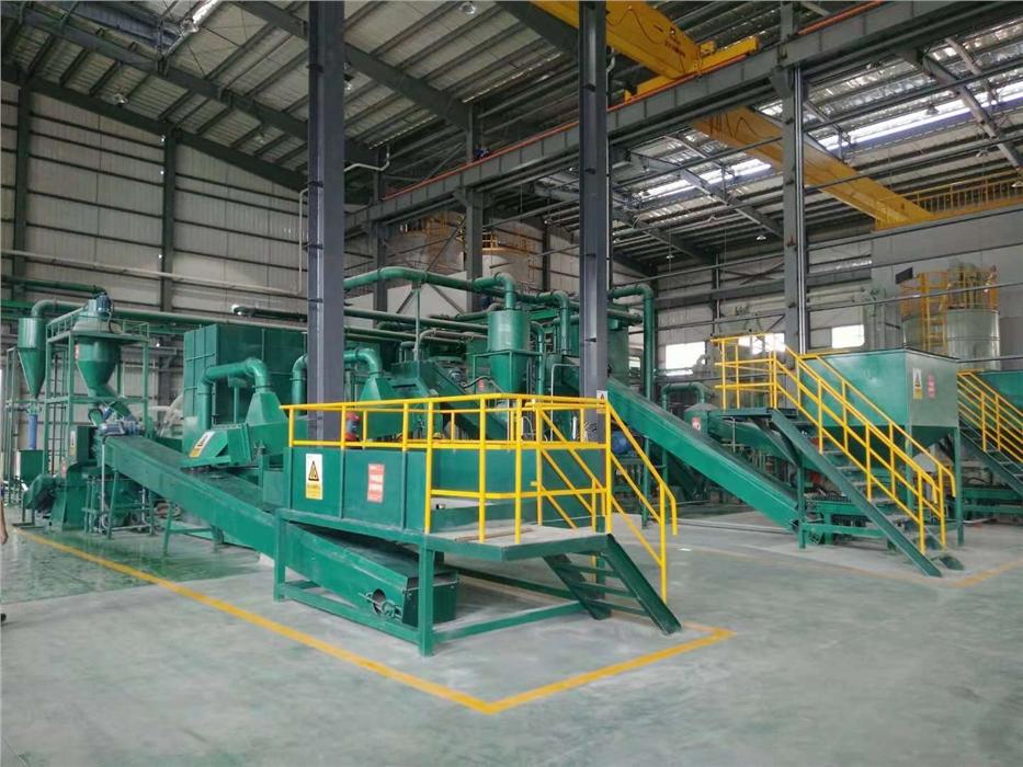 互联网 助力靖江三元锂电池回收设备生产厂家持续发展